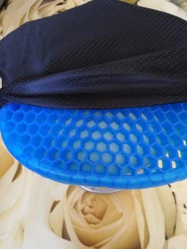 Nuovo cuscino ergonomico XCOMF per una corretta postura durante la seduta photo review
